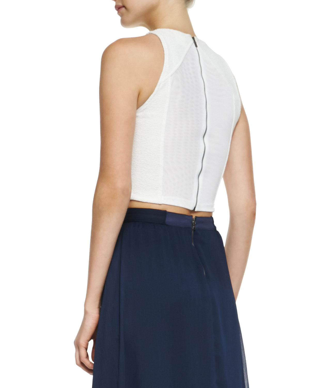 f5fe6c5eb06d60 Alice + Olivia Pire Sleeveless Crop Top in White - Lyst