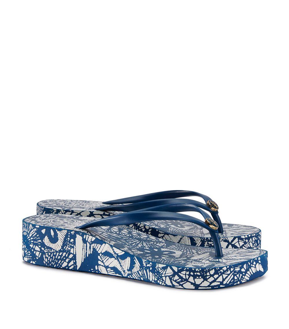 9b57490e76ef Lyst - Tory Burch Thandie Wedge Flip-flop in Blue