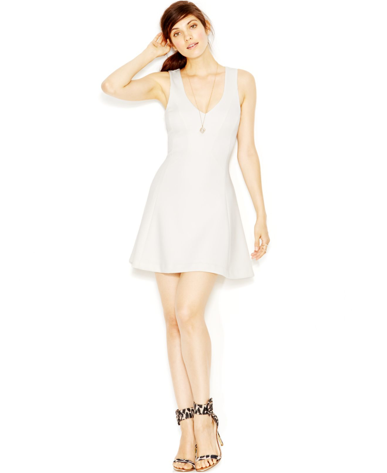 3b2abcce82d Guess V-neck Fit   Flare Scuba Dress in White - Lyst