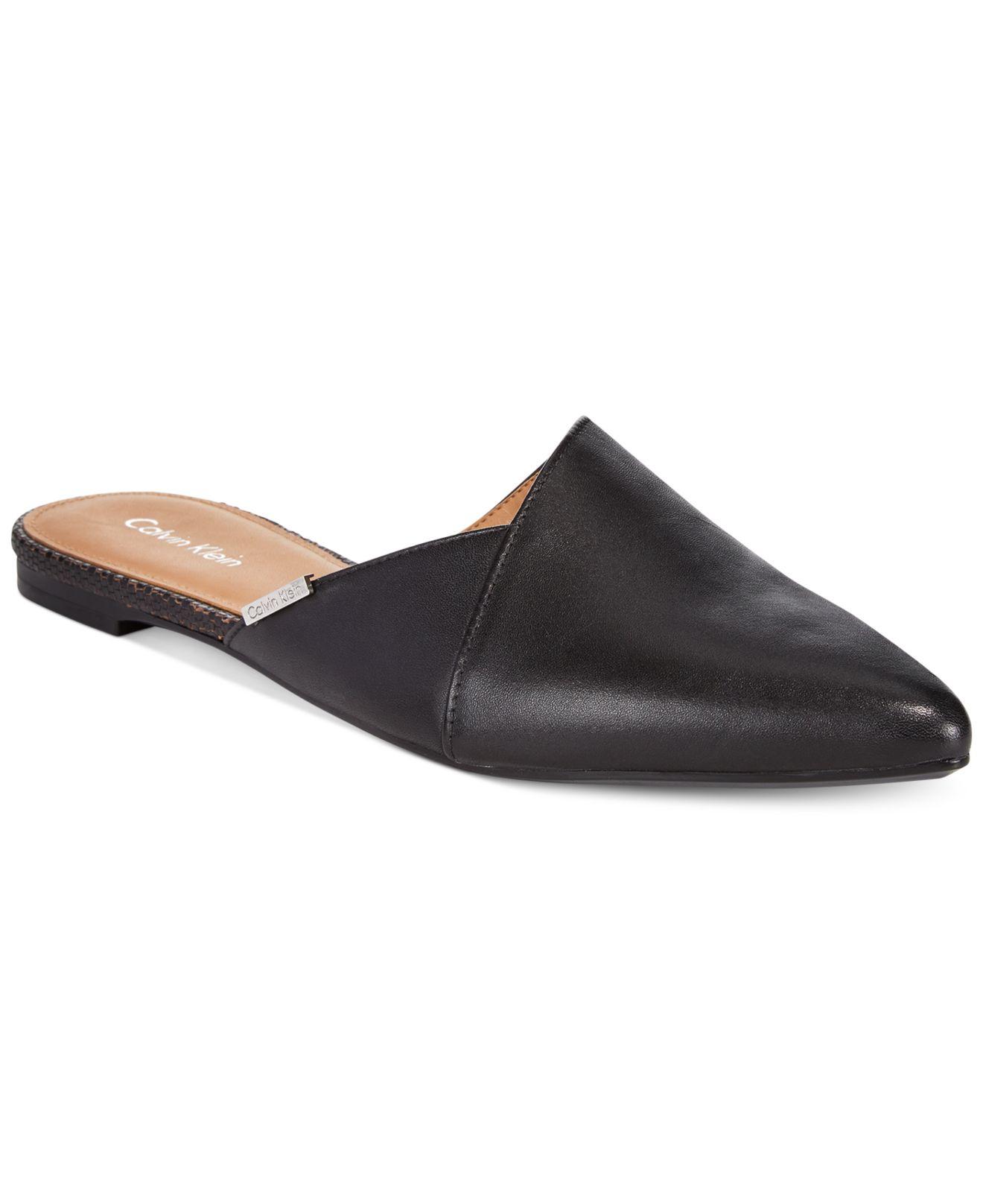 Calvin Klein Garnett Flats In Black (Black Leather)
