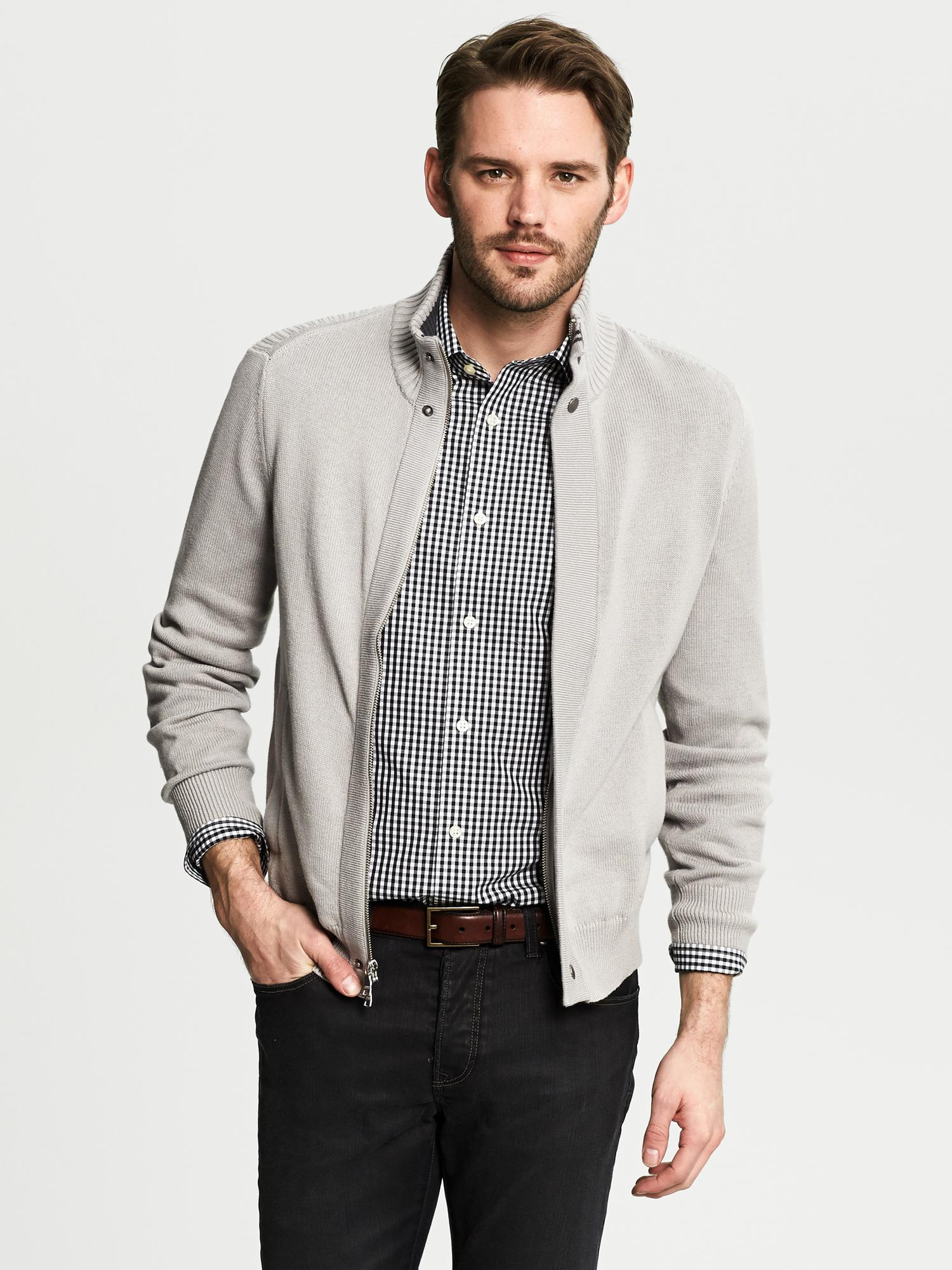 Banana Republic Mens Cotton V Neck Sweater. by Banana Republic. $ $ 49 99 Prime. FREE Shipping on eligible orders. Some sizes/colors are Prime eligible. Banana Republic Mens Cashmere V Neck Sweaters. by Banana Republic. $ $ 00 Prime. FREE Shipping on eligible orders.