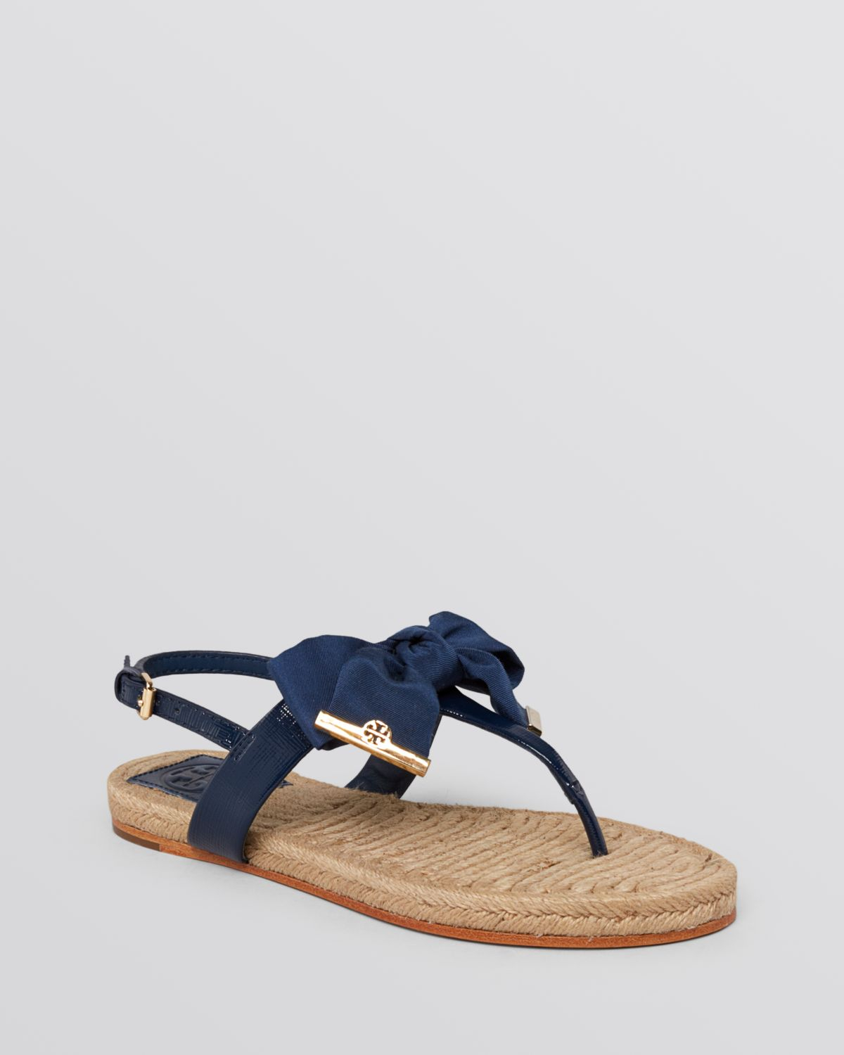 6e160abd400 Lyst - Tory Burch Flat Thong Sandals Penny Bow in Blue