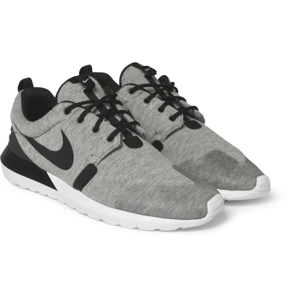 wcvqlp sneakers