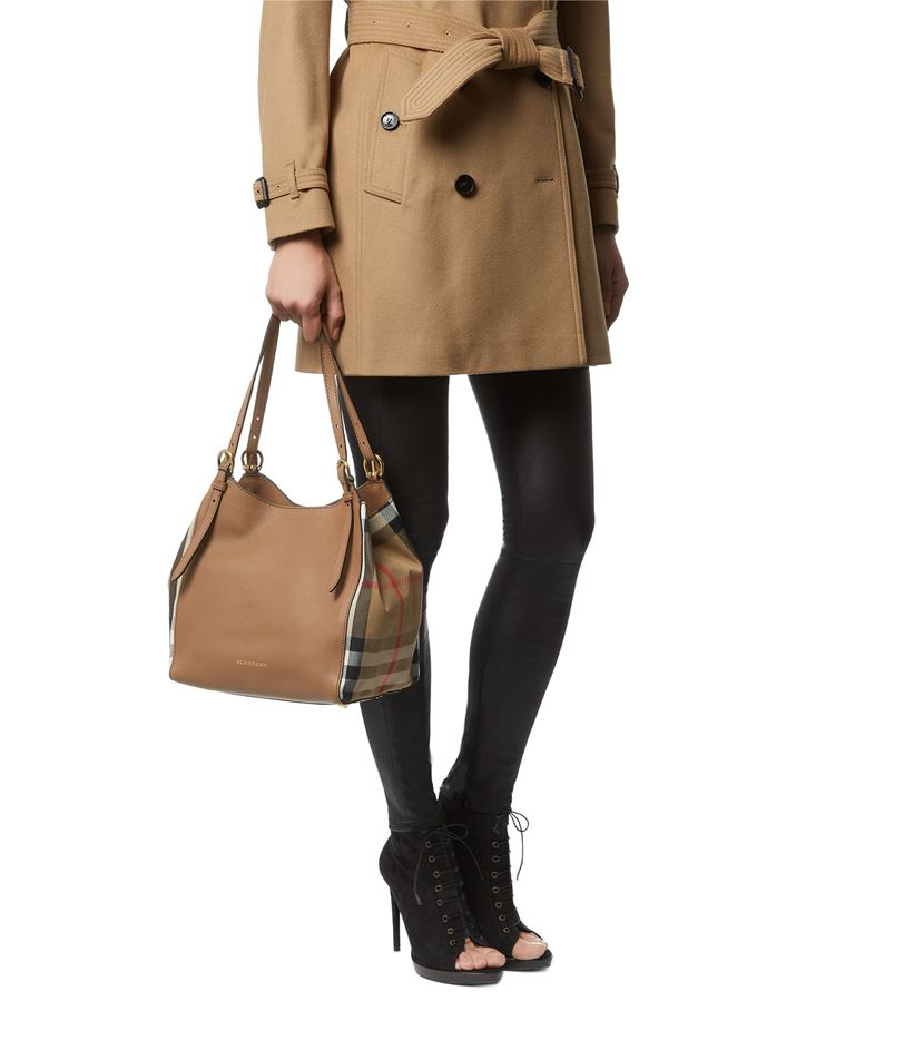 5fa5a668a71d Burberry Small House Check Detail Leather Canter Bag in Natural - Lyst