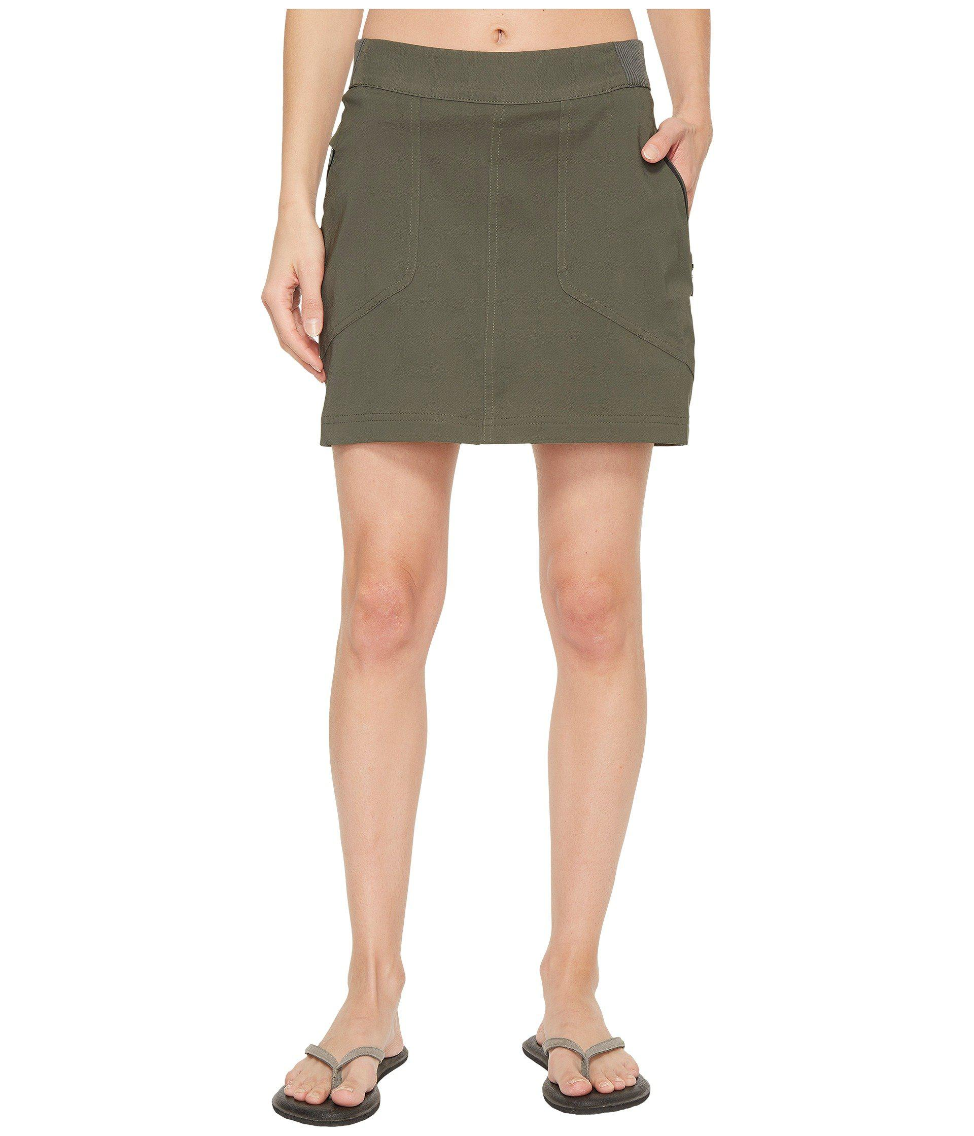 cc1c79658f Columbia Bryce Canyon Skorts in Green - Lyst