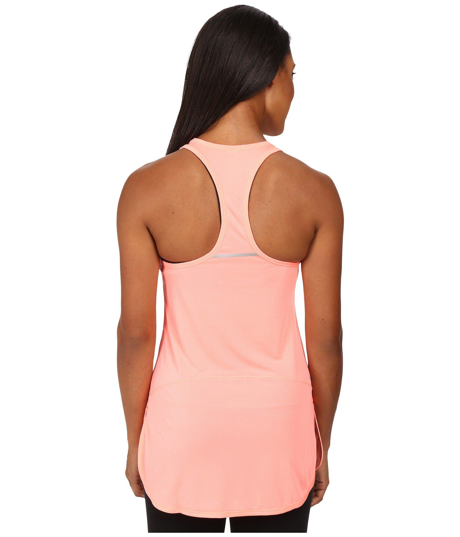 5b1669f5881 Lyst - New Balance Accelerate Tunic in Pink