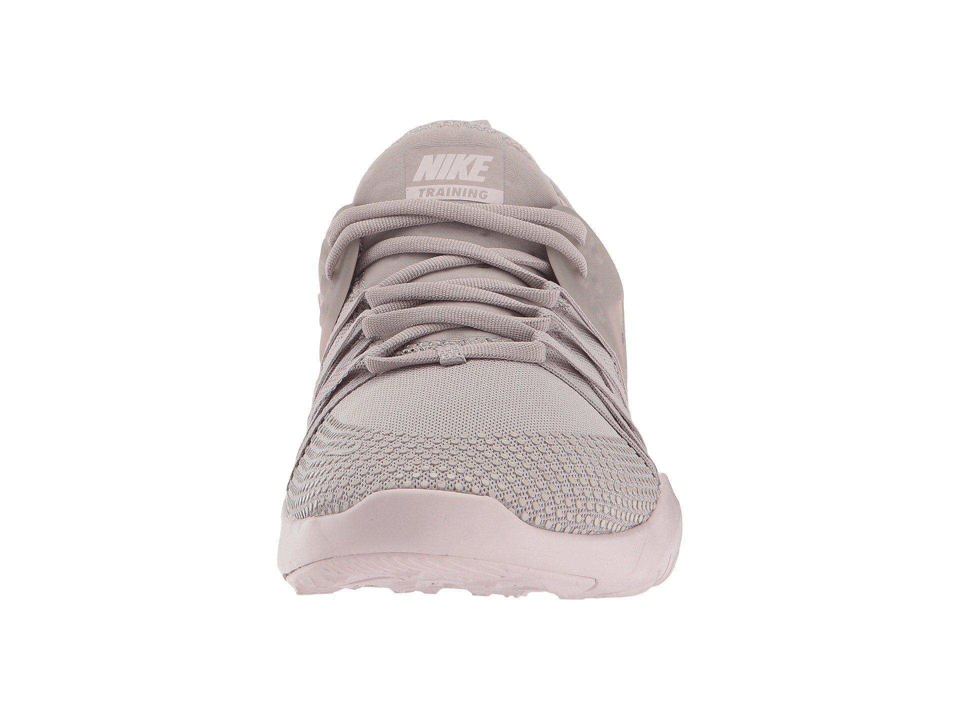 best service bef11 cfba4 Nike Free Tr 7 Premium Training - Lyst