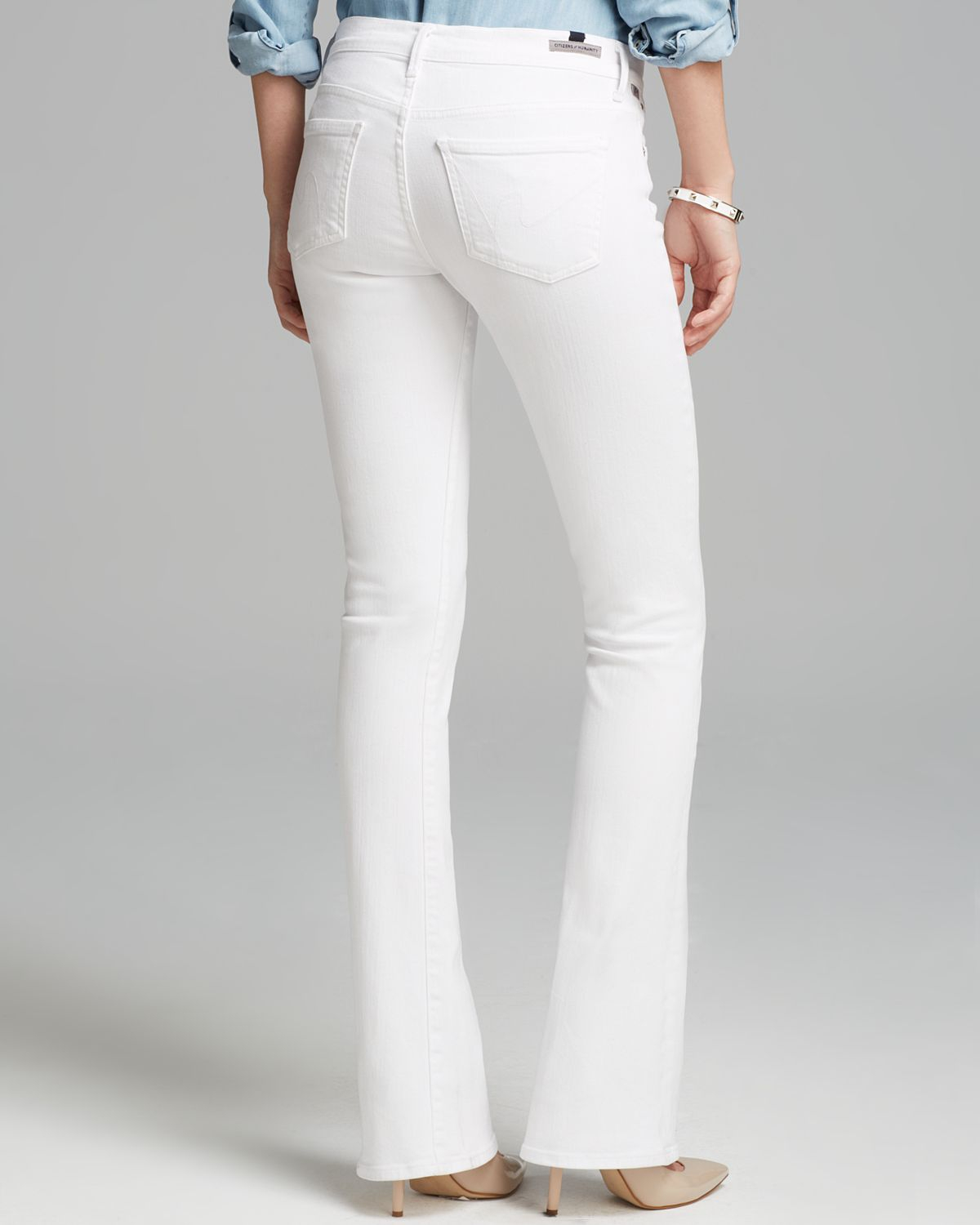 Women's Bootcut Jeans are essential for any look - from work to the weekend! We offer the brands of women's jeans that you want, including women's Rock & Republic bootcut jeans. We also have all sizes covered, from petite bootcut jeans to plus size bootcut jeans.