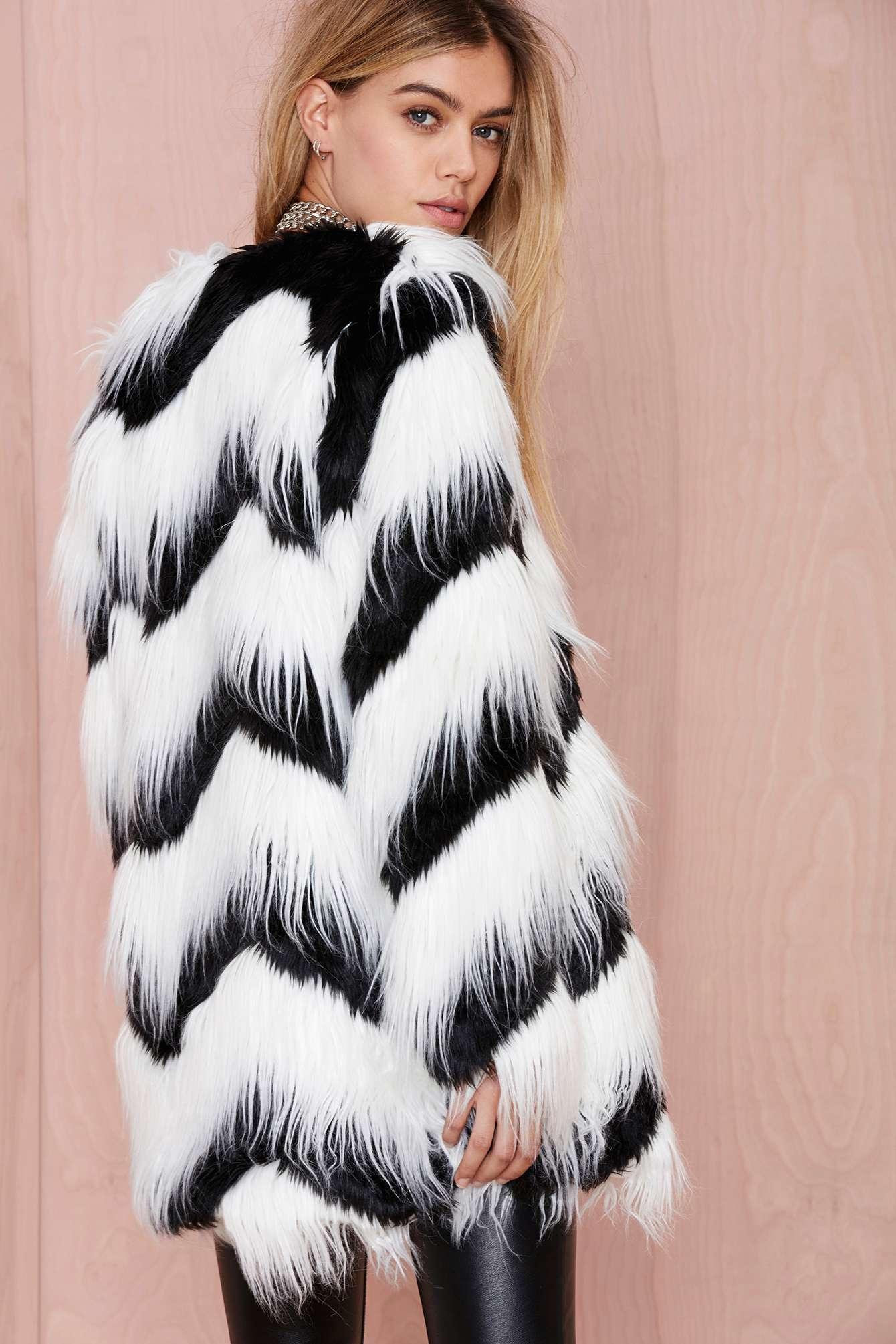 Lyst Nasty Gal Glamorous Sass Master Faux Fur Coat In Black