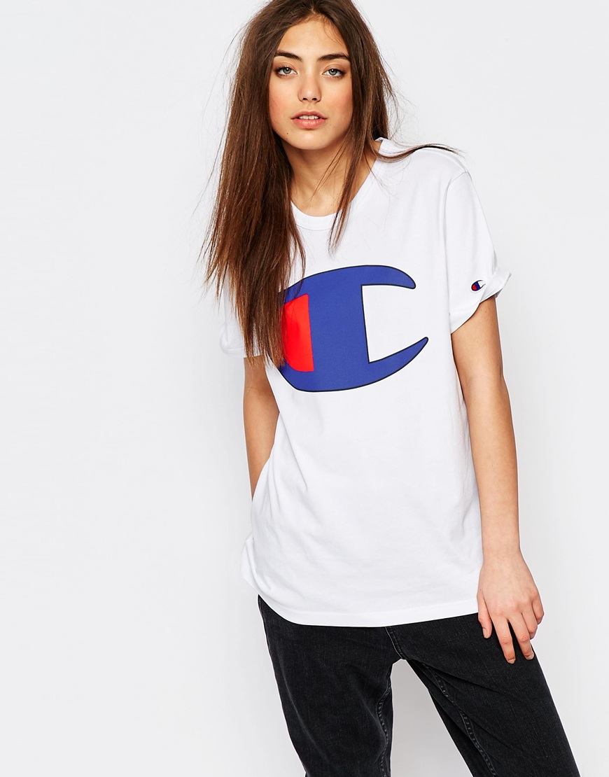 Champion Oversized Boyfriend T-shirt With Retro Oversized Logo in ...