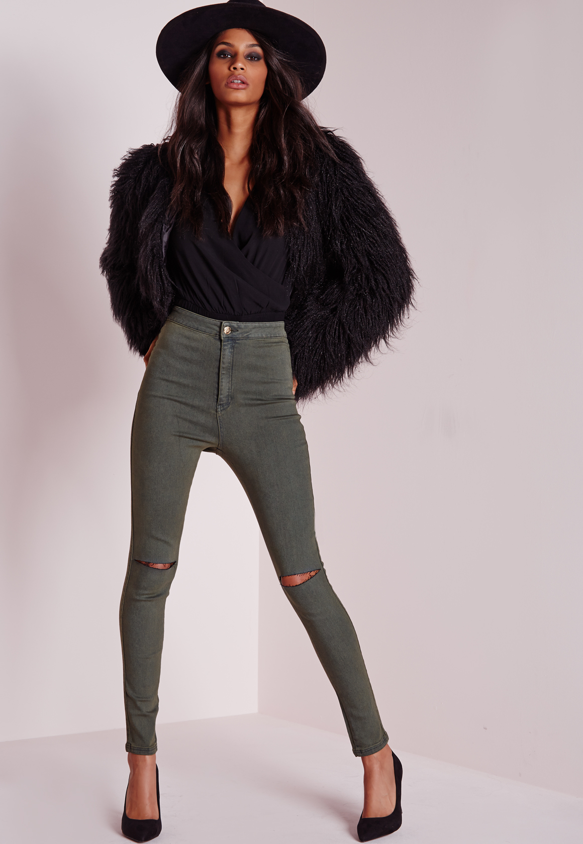 Missguided Vice Super Stretch High Waisted Ripped Knee Skinny ...