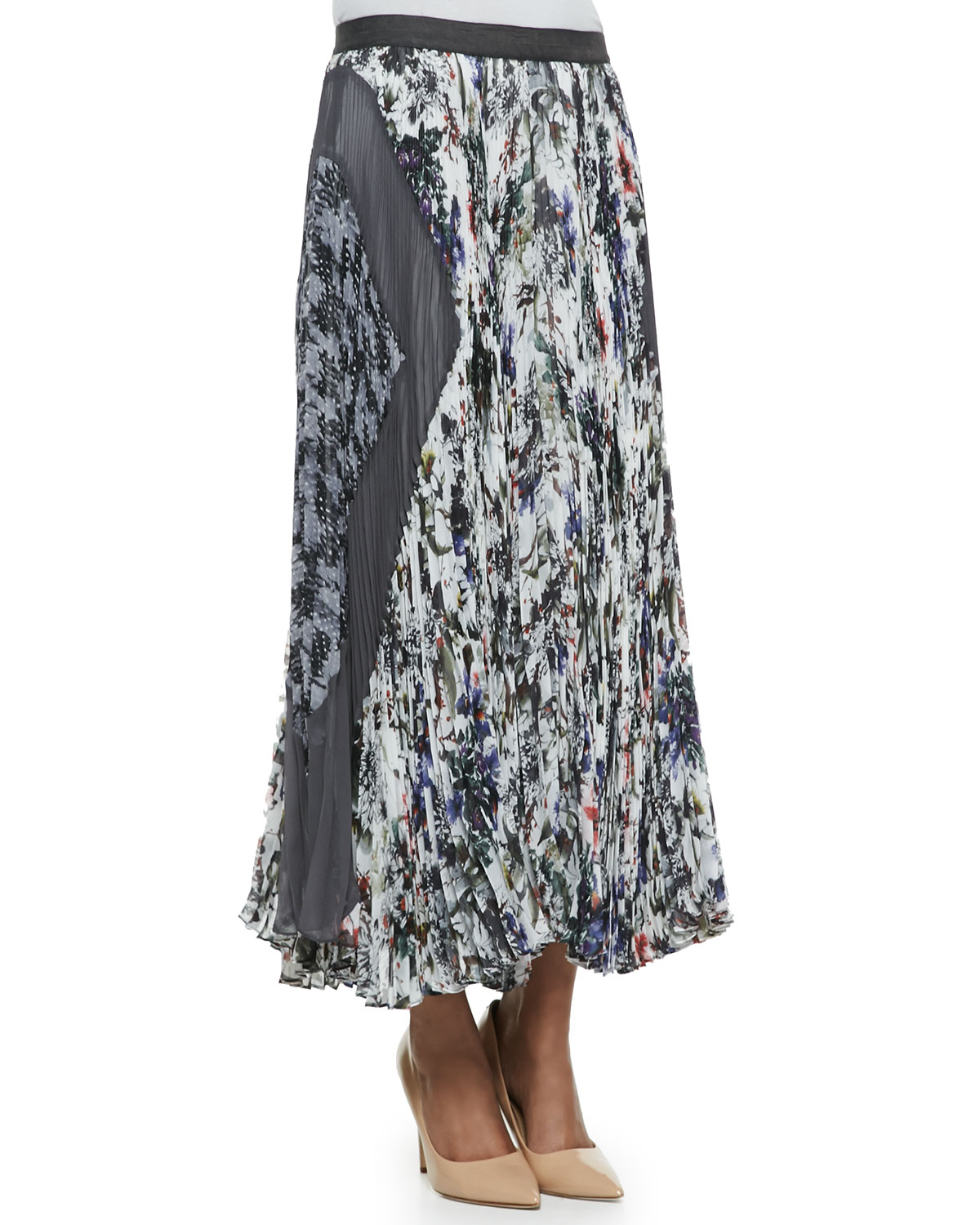 gray gardens accordion pleated skirt in
