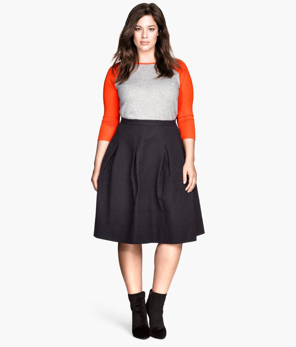 h m crinkled skirt in black lyst