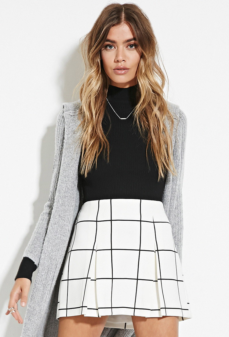 ddefa7c717 Forever 21 Pleated Grid Print Mini Skirt in Black - Lyst
