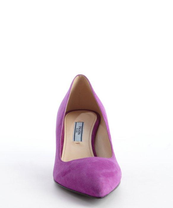 a0a04a084 Prada Violet Suede Pointed Toe Kitten Heel Pumps in Purple - Lyst