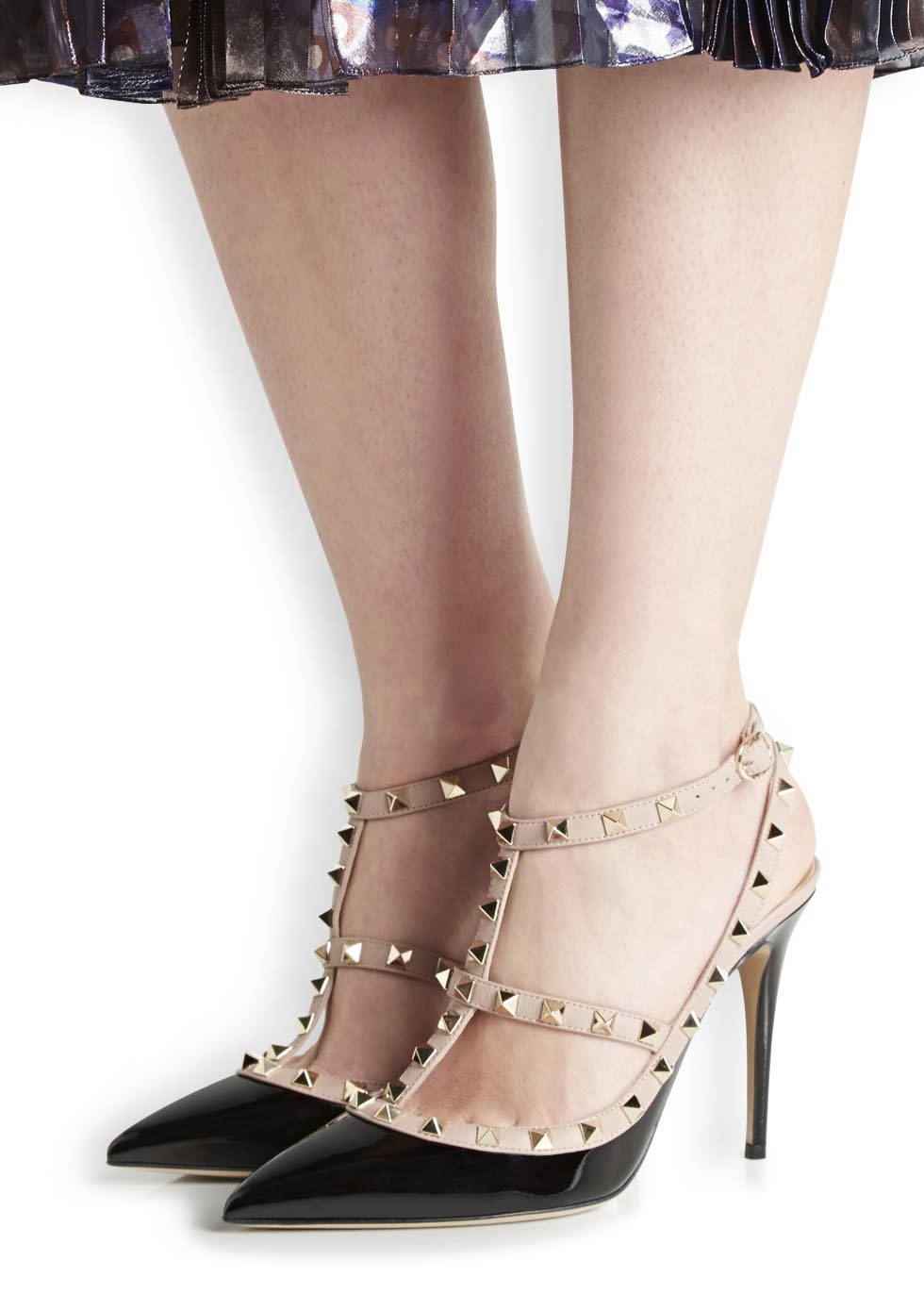 b8bcdcdee58 Valentino Rockstud 100 Black Patent Leather Pumps in Black - Lyst