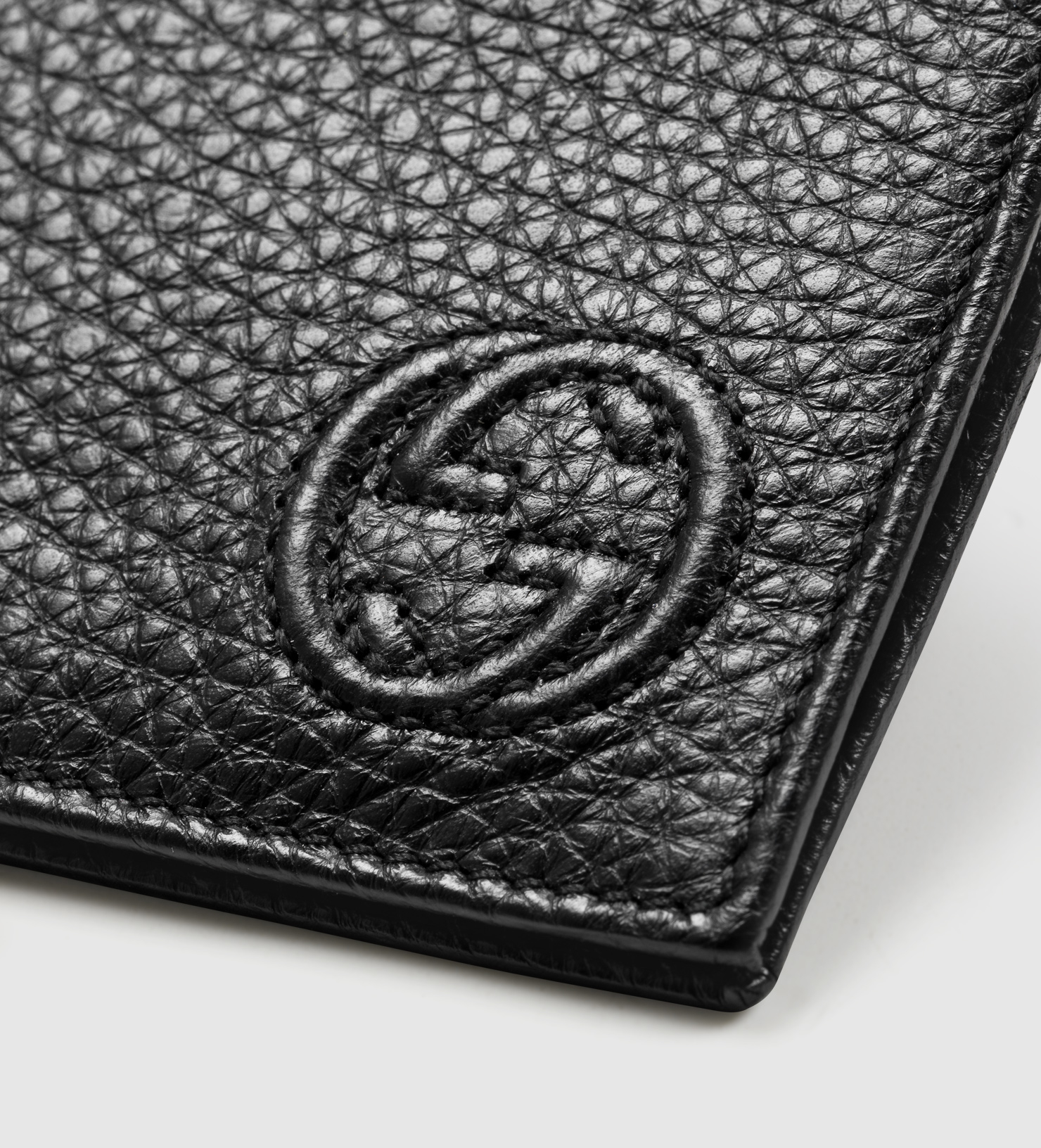 3a7bca886022 Gucci Soho Leather Money Clip Wallet in Black for Men - Lyst