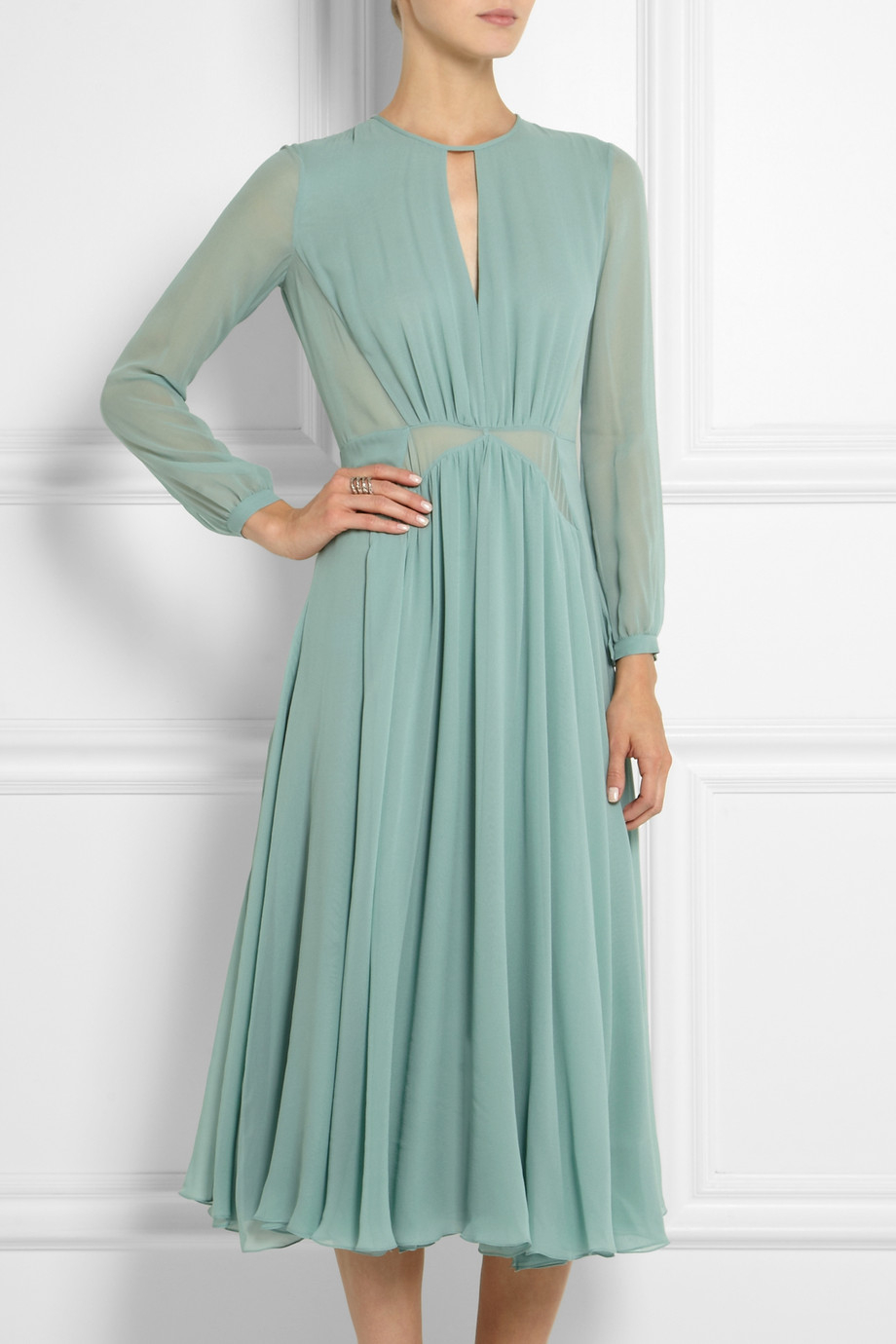 91e94f466 Burberry Prorsum Silk Chiffon Midi Dress in Green - Lyst