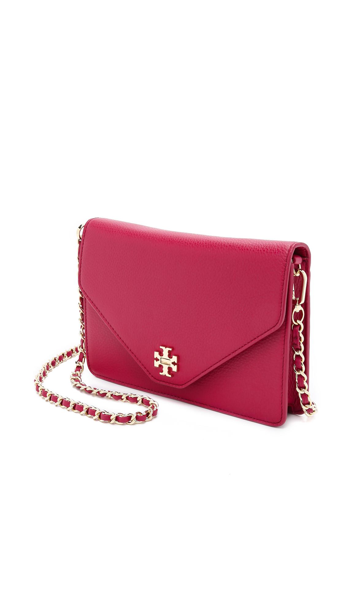 1d941f2925f Lyst - Tory Burch Kira Clutch - Raspberry in Red