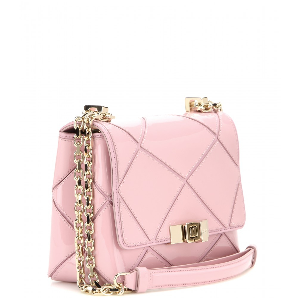 092b0b63fb9c Roger Vivier Prismick Micro Patent Leather Shoulder Bag in Pink - Lyst