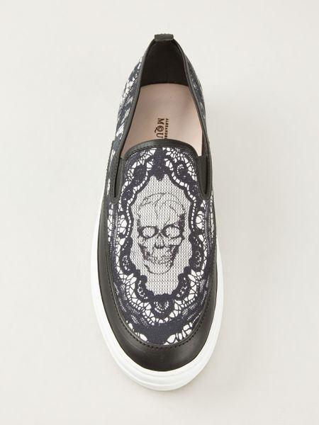 mcqueen skull print shoe in black for lyst