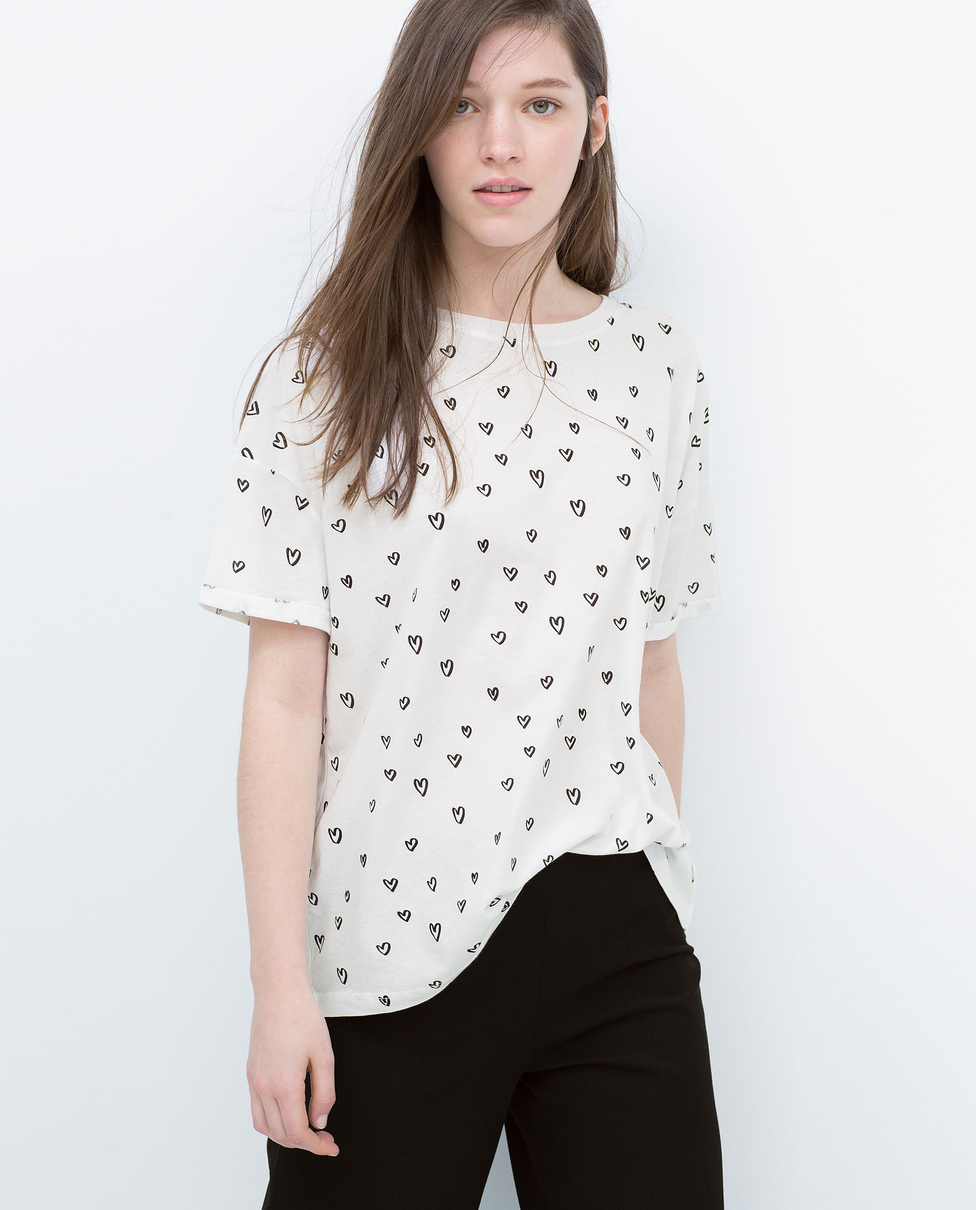 Trafaluc by Zara, better known by the brand's devotees as simply TRF, is a member of the Zara family. As part of Inditex, one of the largest fashion companies in the world, Zara has been making waves and moving mountains since it was founded in