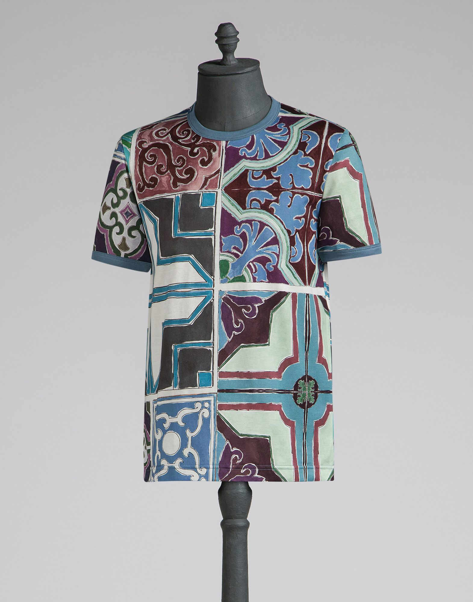 lyst dolce gabbana t shirt with majolica print in blue for men. Black Bedroom Furniture Sets. Home Design Ideas
