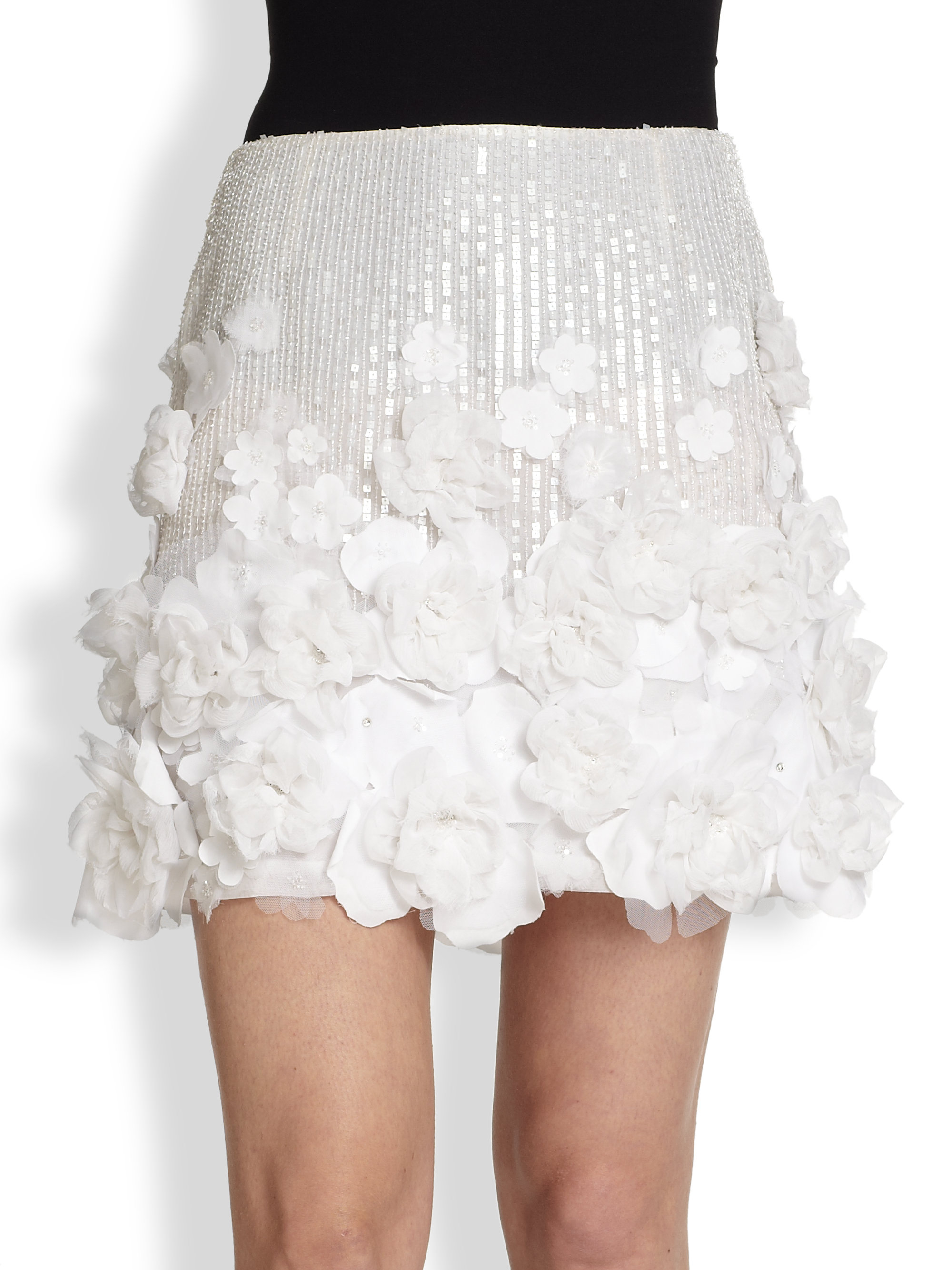 Luxury White Skirt With Flowers Motif - Best Evening Gown ...