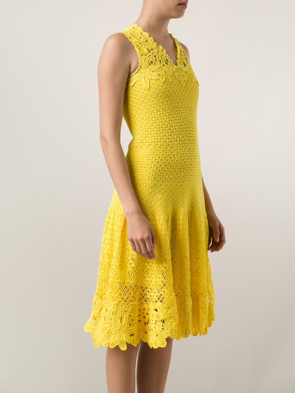 lyst oscar de la renta crochet dress in yellow. Black Bedroom Furniture Sets. Home Design Ideas