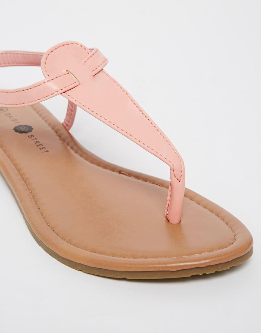 Flat sandals - Gallery
