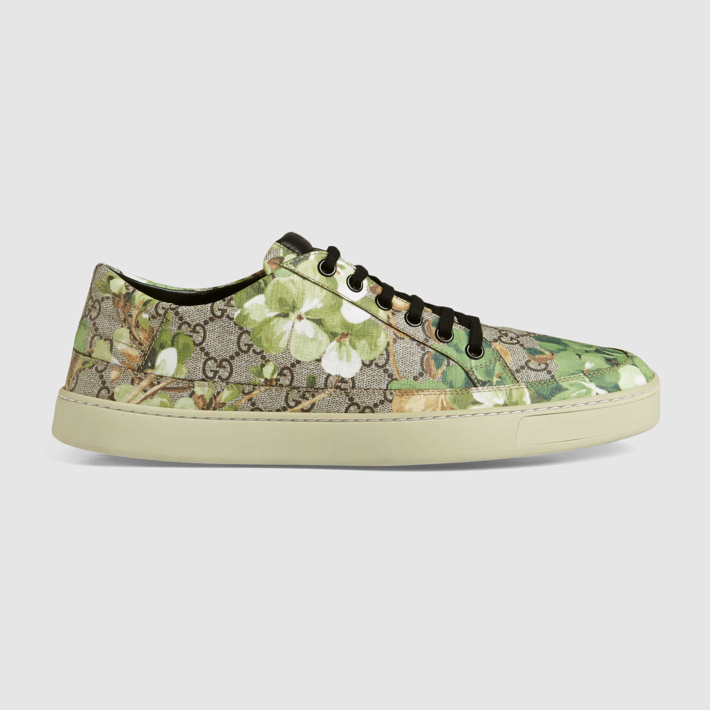 6a23aff3bd2 Gucci Blooms Print Low-top Sneaker for Men - Lyst