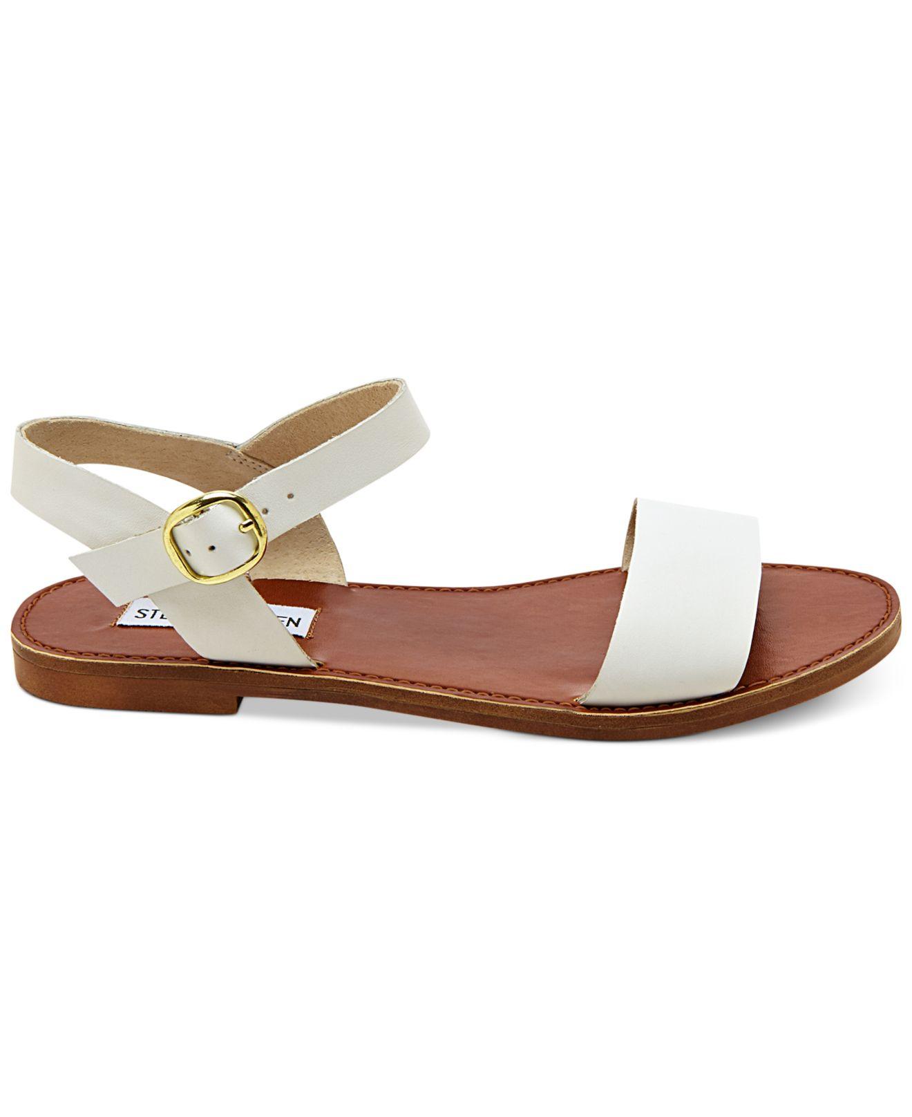 steve madden donddi flat sandals in white lyst. Black Bedroom Furniture Sets. Home Design Ideas