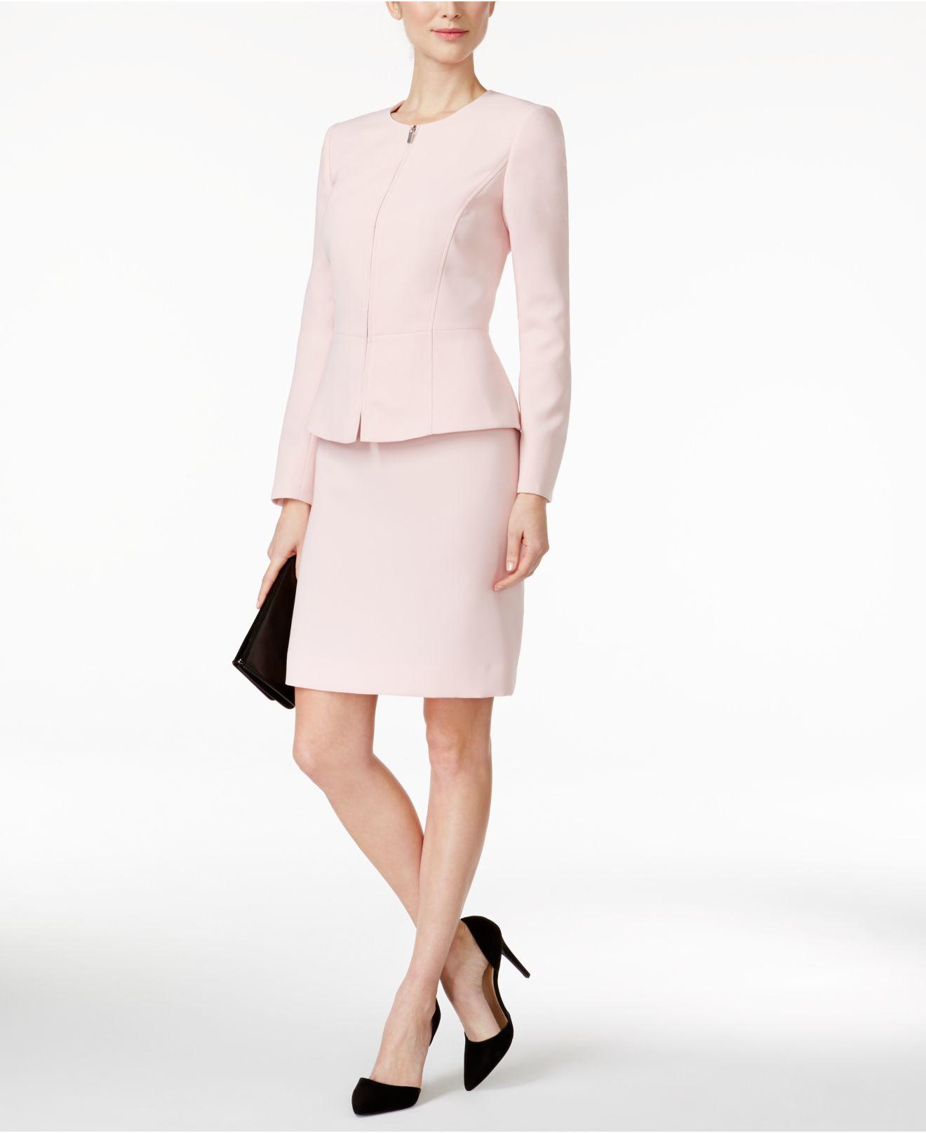 52ed8485b13d Tahari Skirt Suit Petite