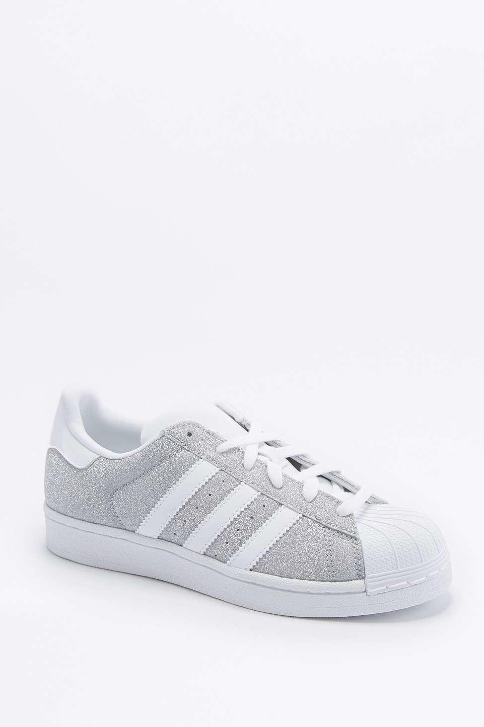 adidas superstar glitter silver stripes trainers toe