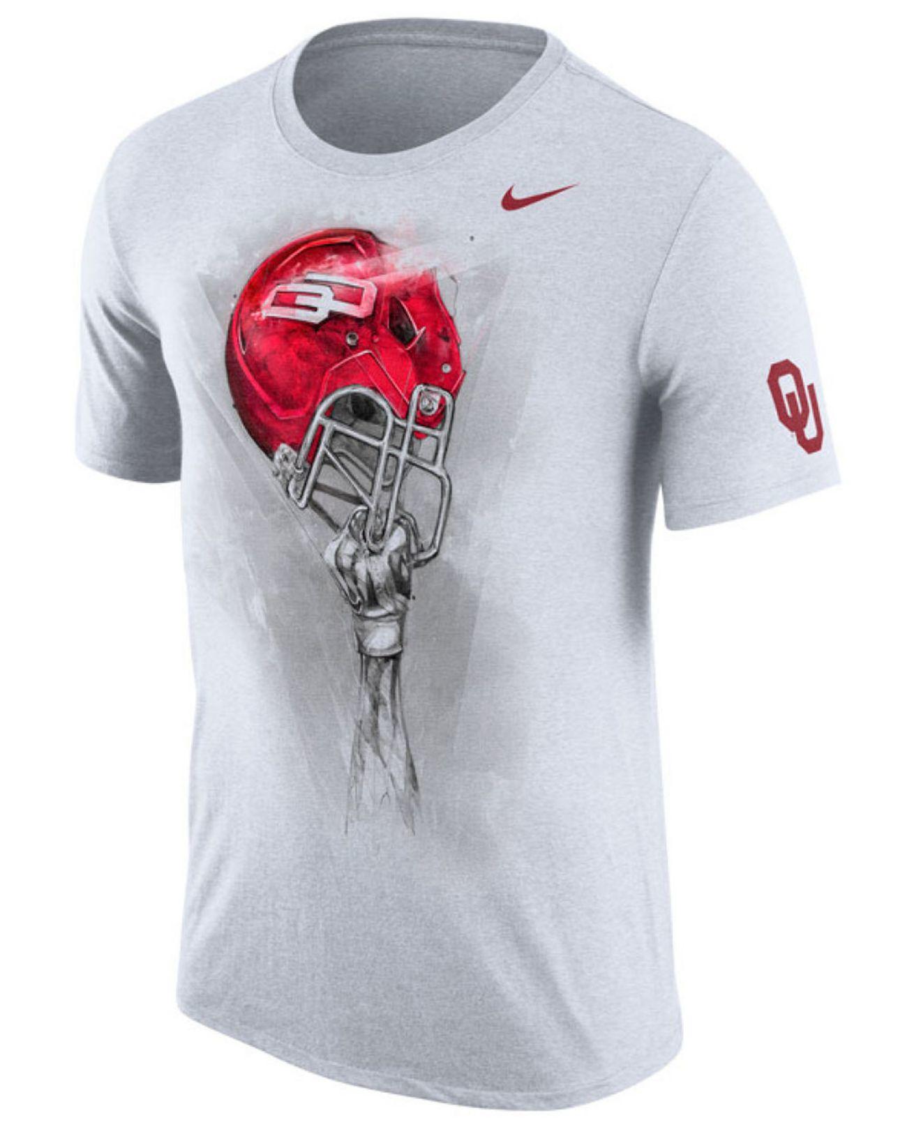 Lyst Nike Men 39 S Oklahoma Sooners Helmet T Shirt In Gray