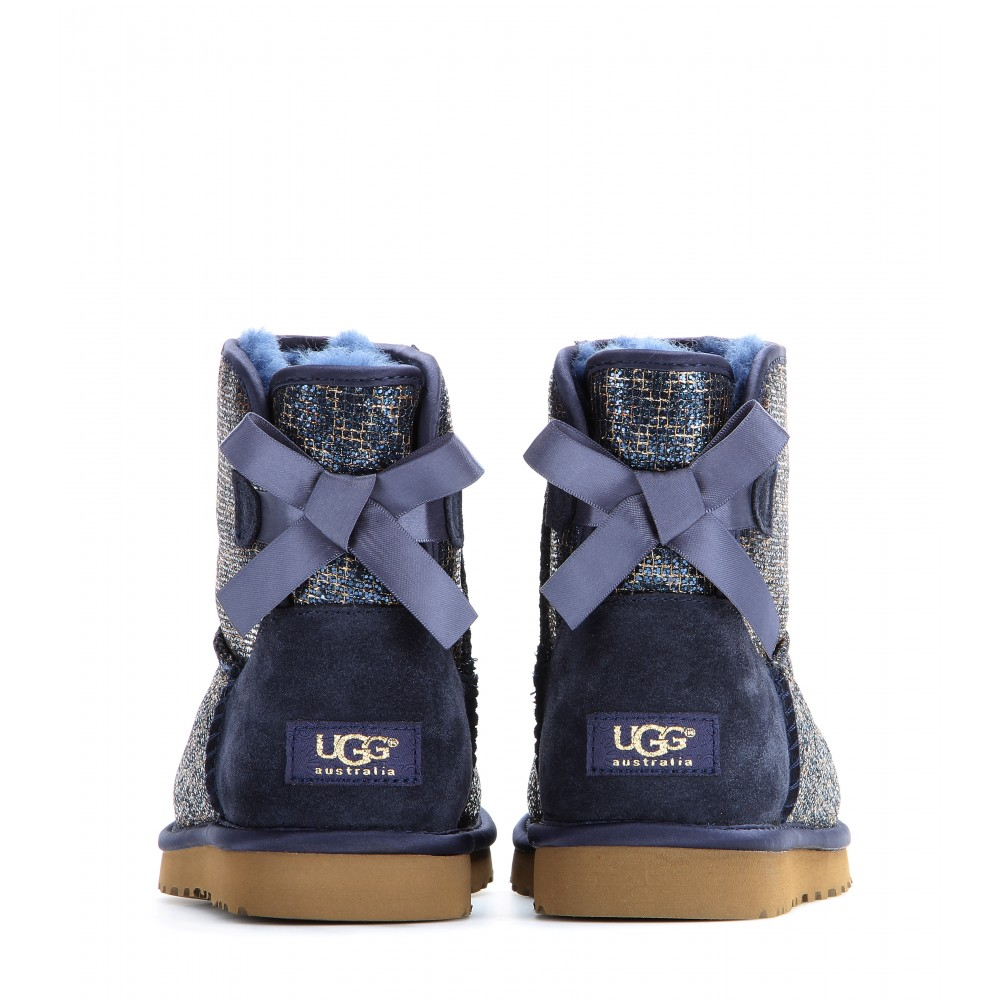 sparkle uggs with bows