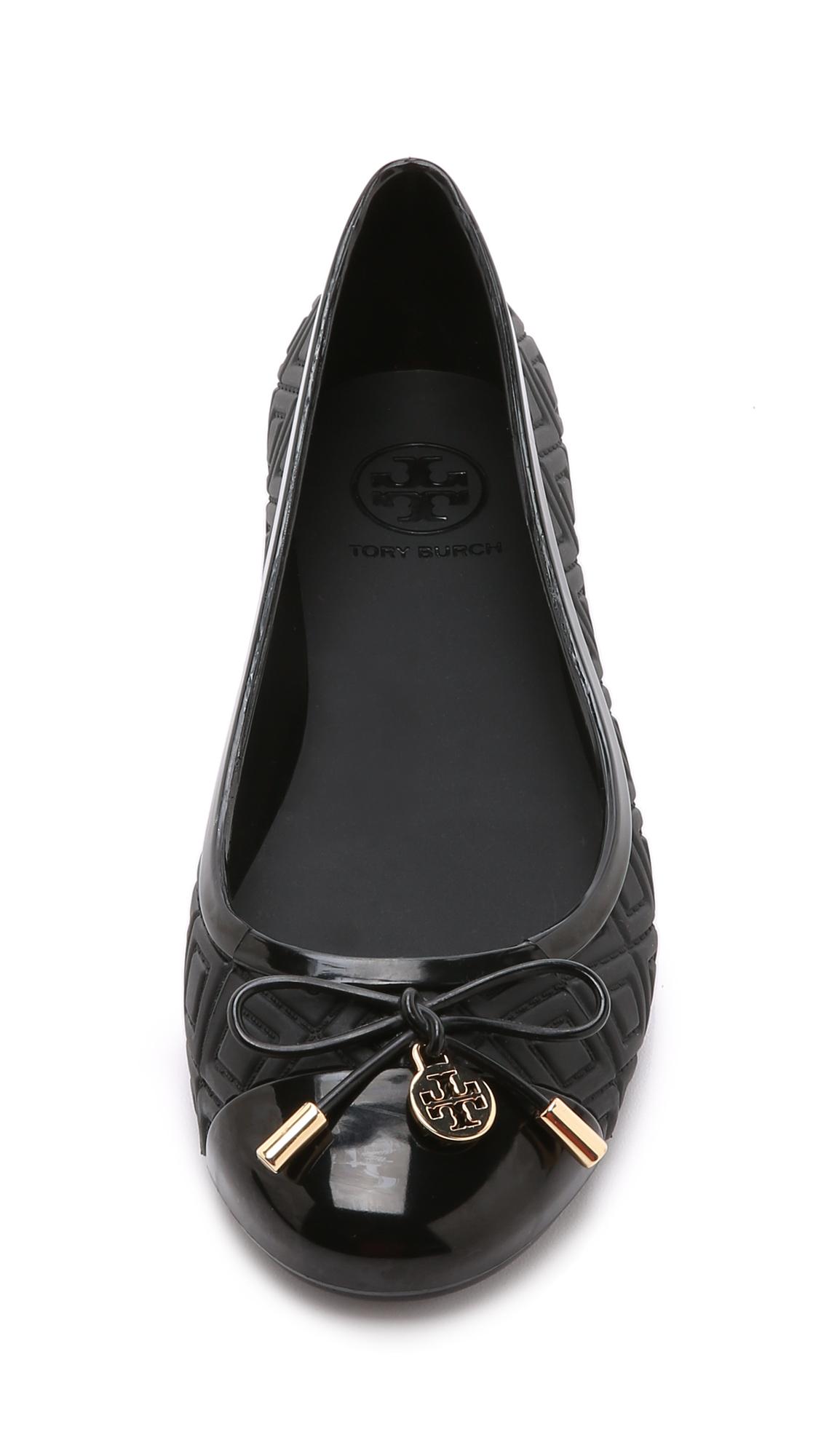 540d058e20ab5d Lyst - Tory Burch Jelly Ballet Flats - Black in Black