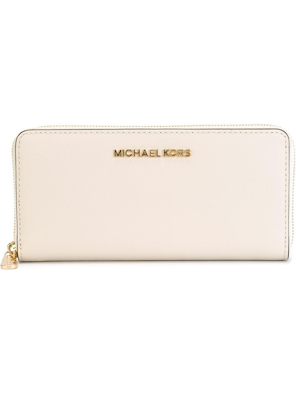 99b44b40cfd8 MICHAEL Michael Kors  jet Set Travel  Wallet in Natural - Lyst