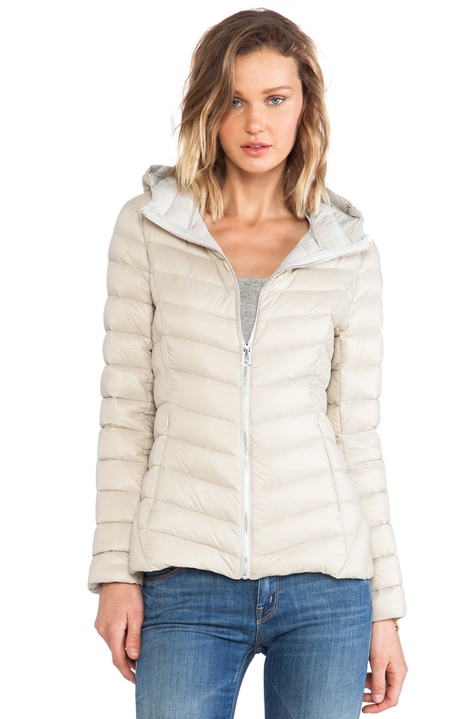 Soia & kyo Elfy Lightweight Down Jacket in Natural | Lyst