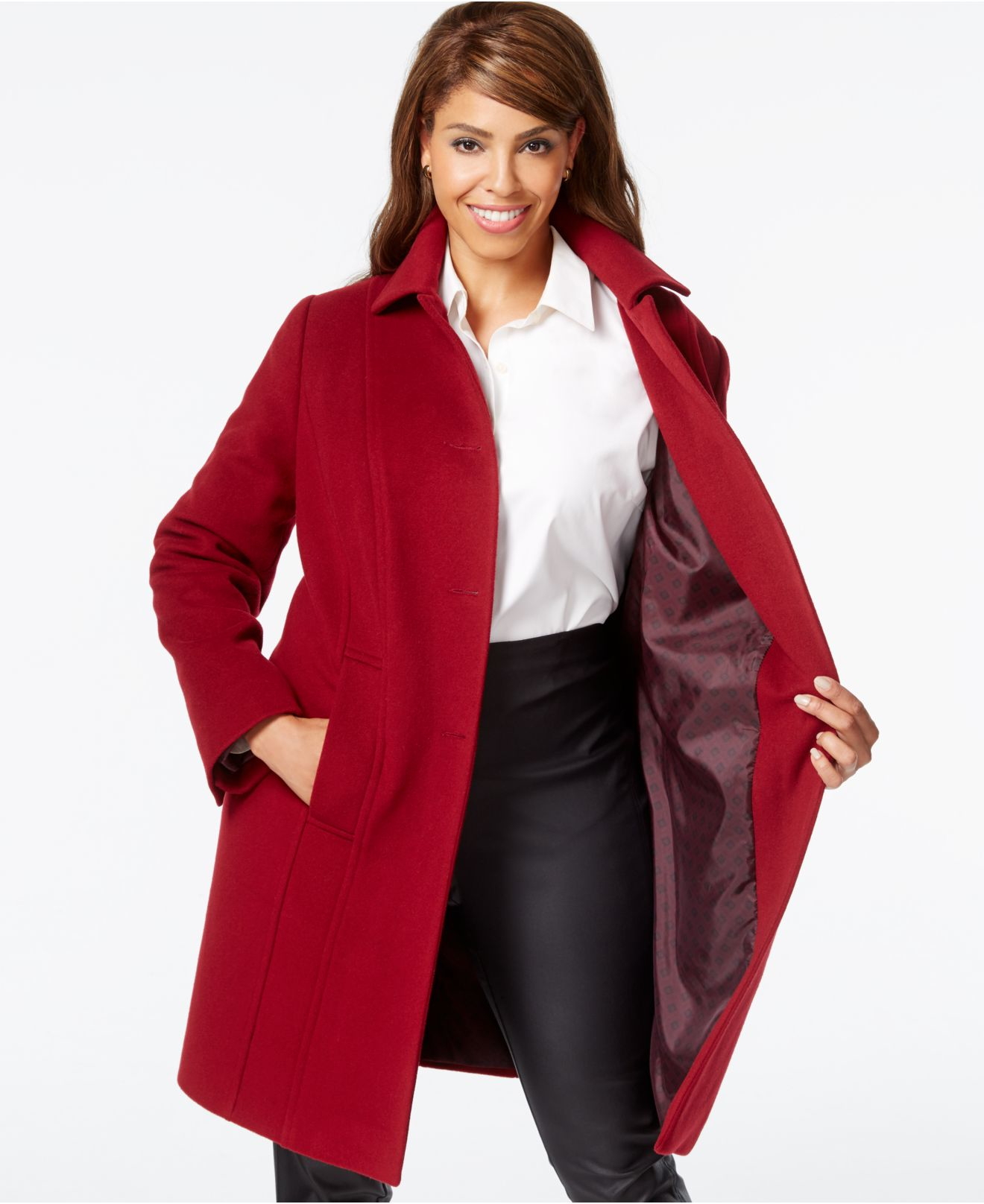 Coats & Jackets. Transition into fall and winter by discovering our stunning collection of women's plus sized coats and jackets. Whether you're after plus sized leather and faux fur coats for that extra warmth or blazers, capes and ponchos for something different, or want to add a tough edge with biker jackets, you'll be able to find everything you need to brave the changeable weather, while.
