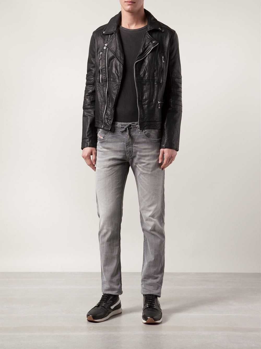 diesel 39 waykee jogg 39 jeans in gray for men lyst. Black Bedroom Furniture Sets. Home Design Ideas