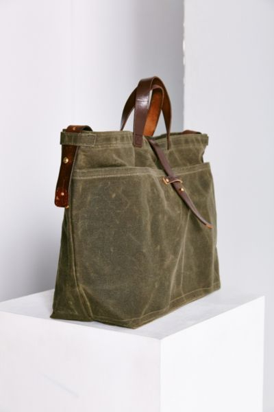 Urban renewal Peg And Awl Large Waxed Canvas Tote Bag in Green | Lyst