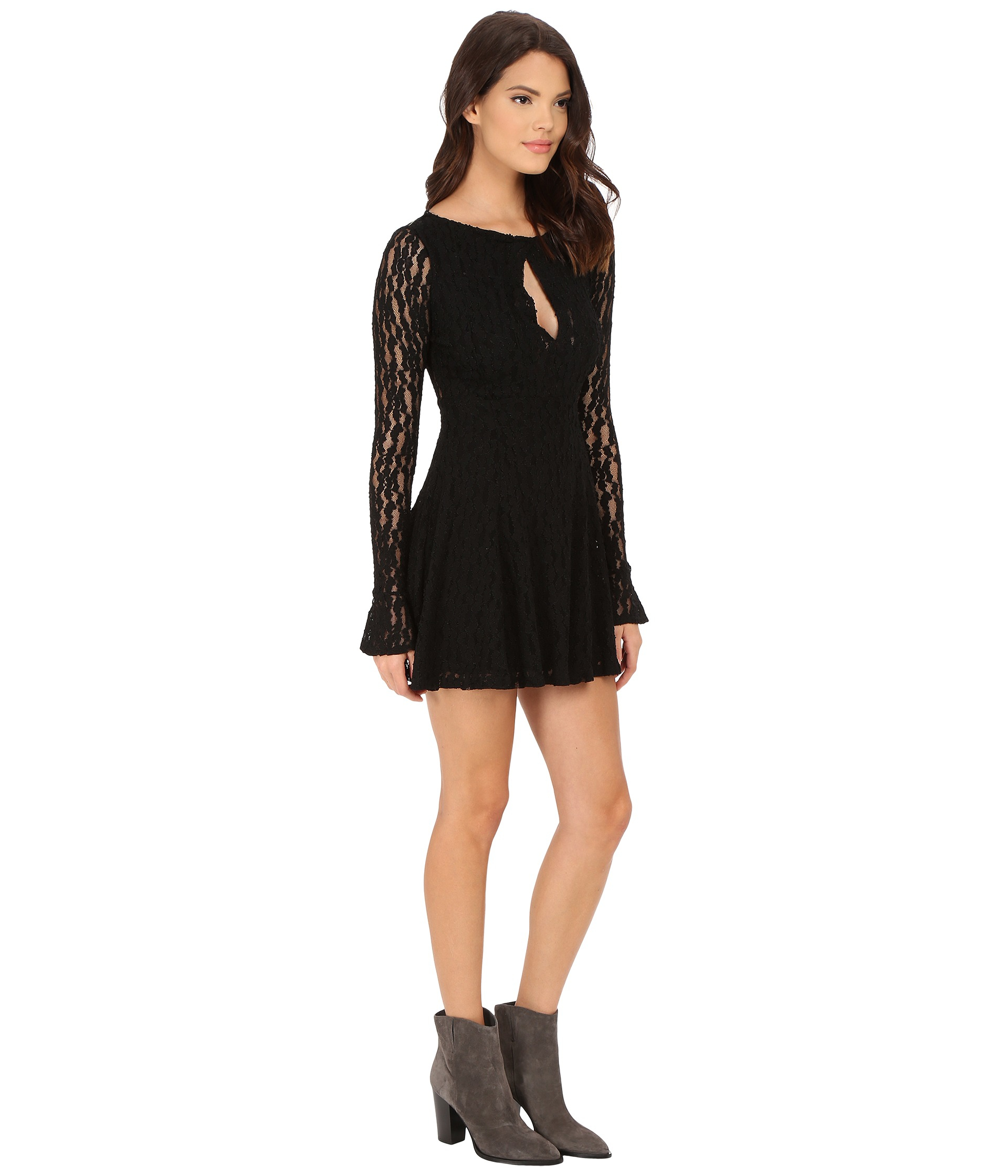 Black dress teenager - Gallery