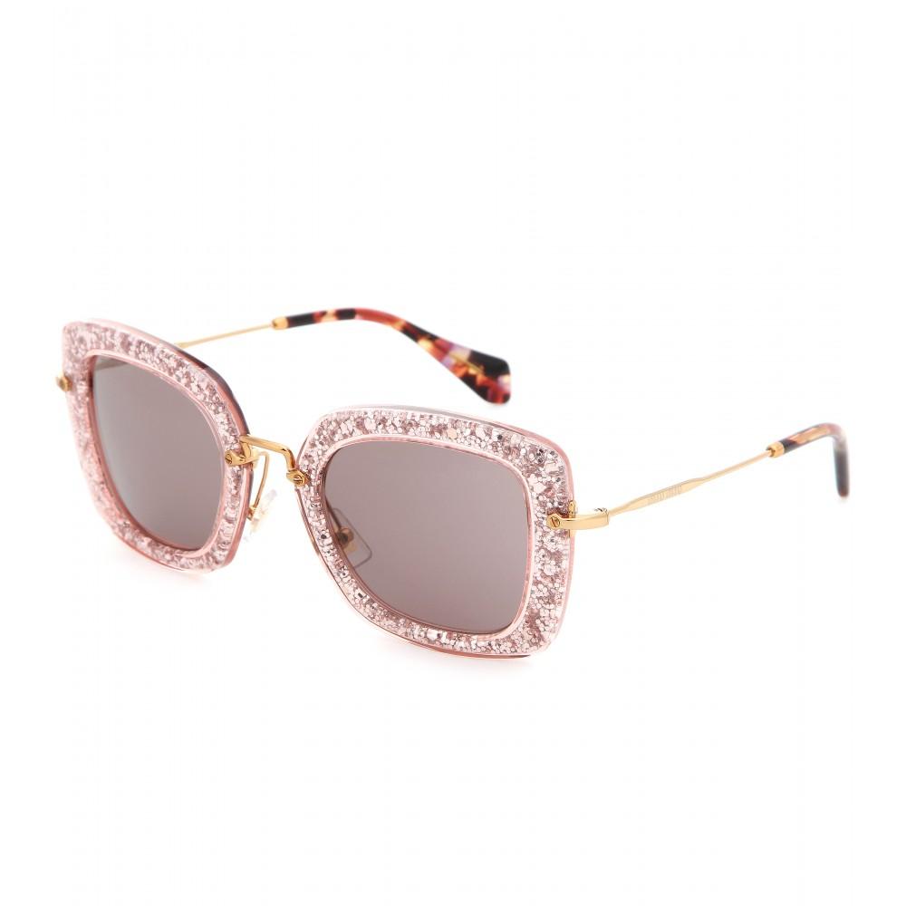 323df77e4de Lyst - Miu Miu Glitter Square Sunglasses in Pink