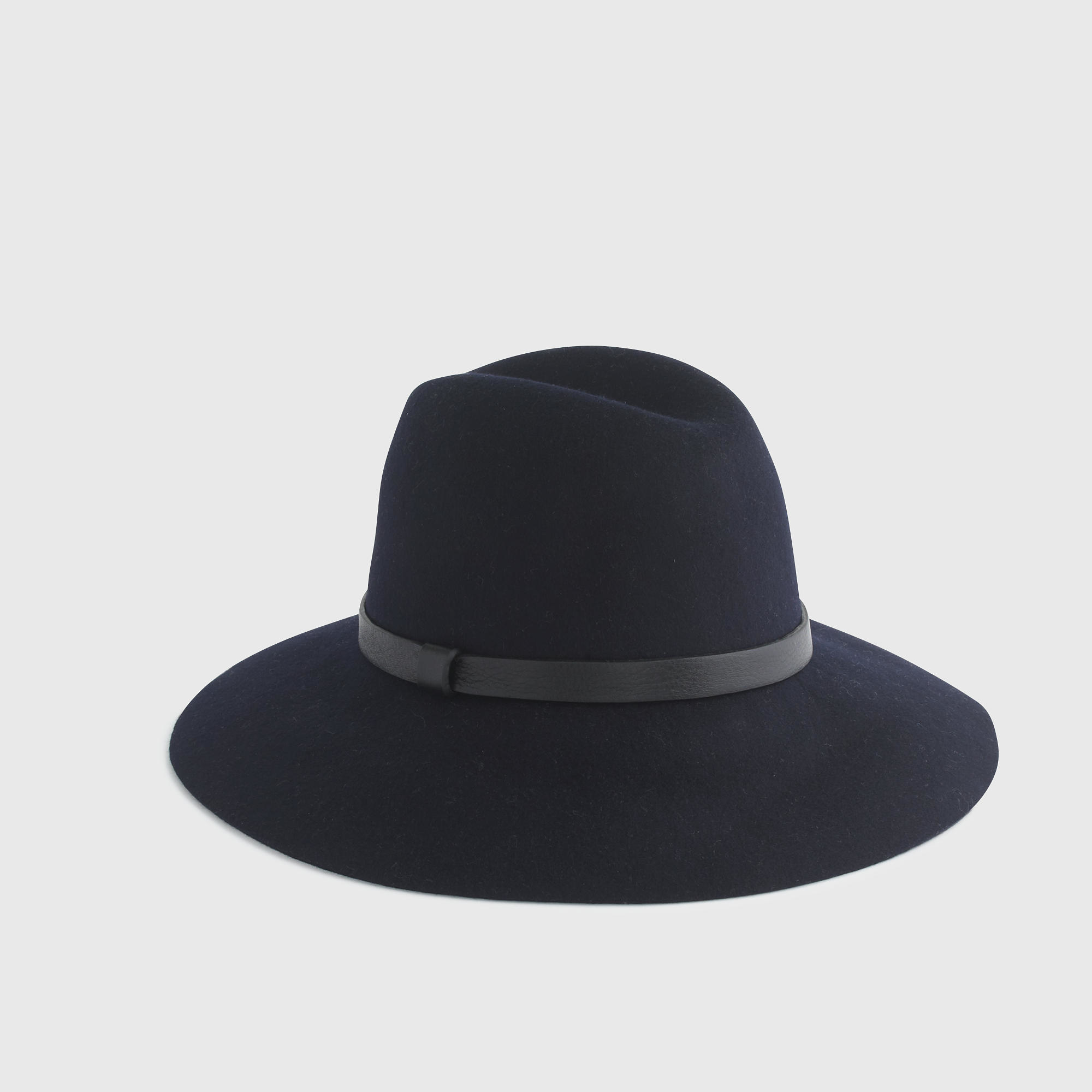 j crew wide brimmed felt hat with leather band in blue
