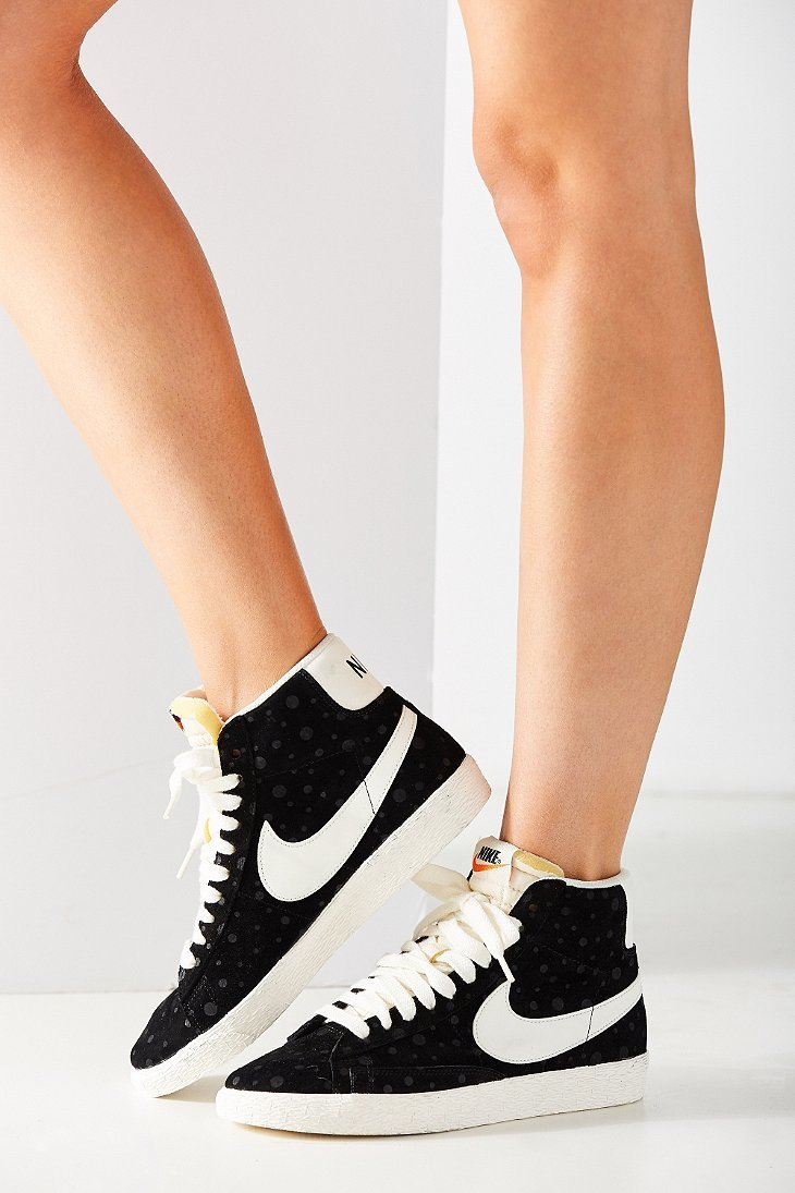 nike women 39 s blazer mid suede vintage sneaker in black lyst. Black Bedroom Furniture Sets. Home Design Ideas