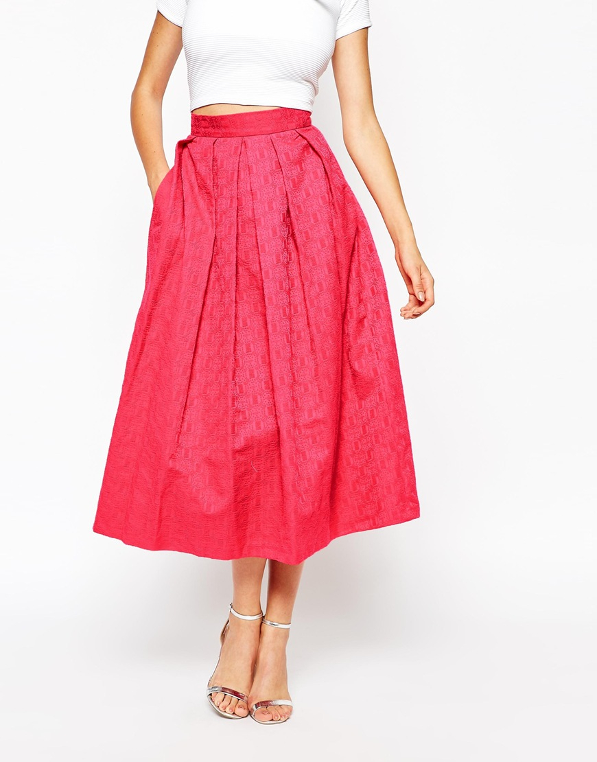 Closet Full Pleated Midi Skirt In Jacquard In Red
