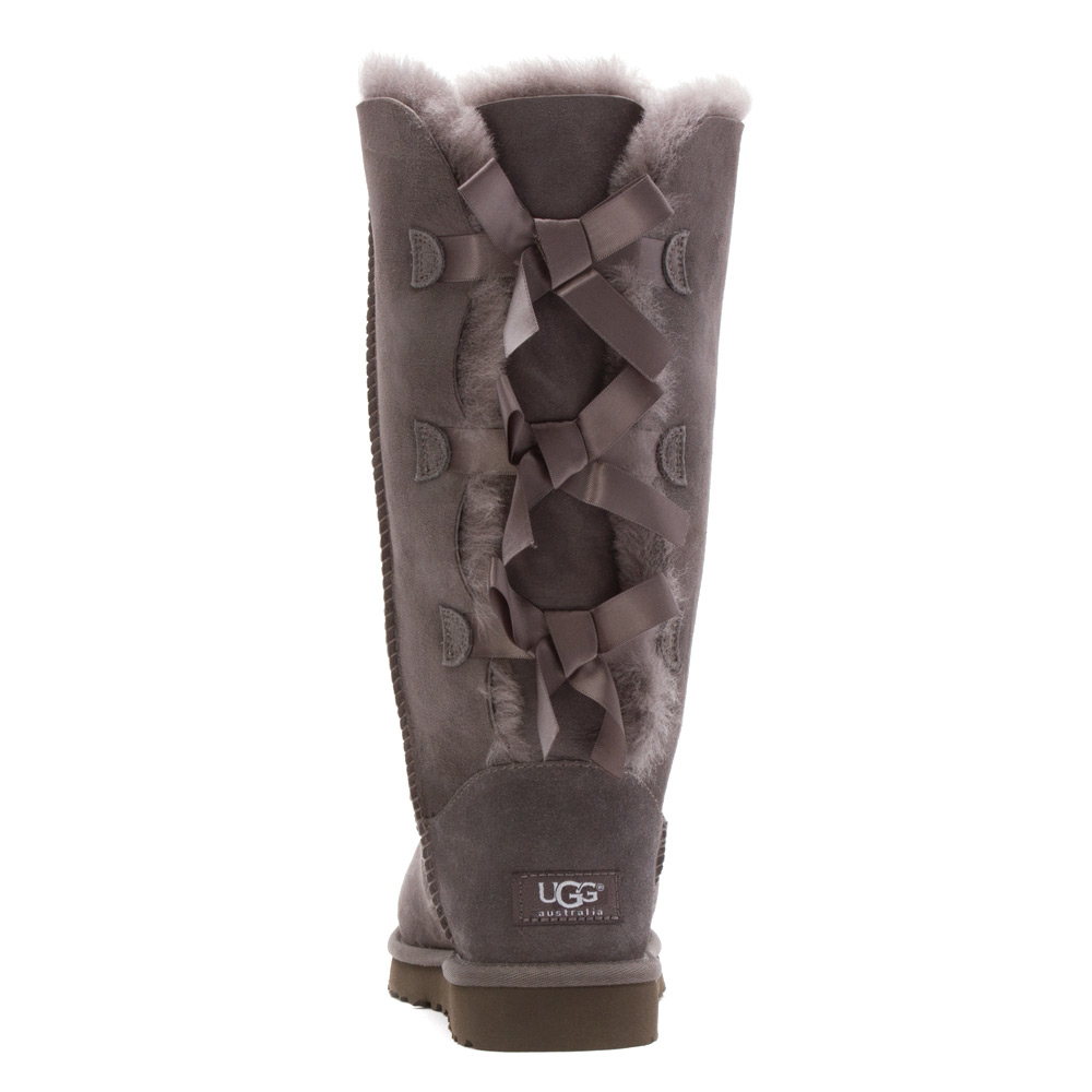 gray uggs with bows