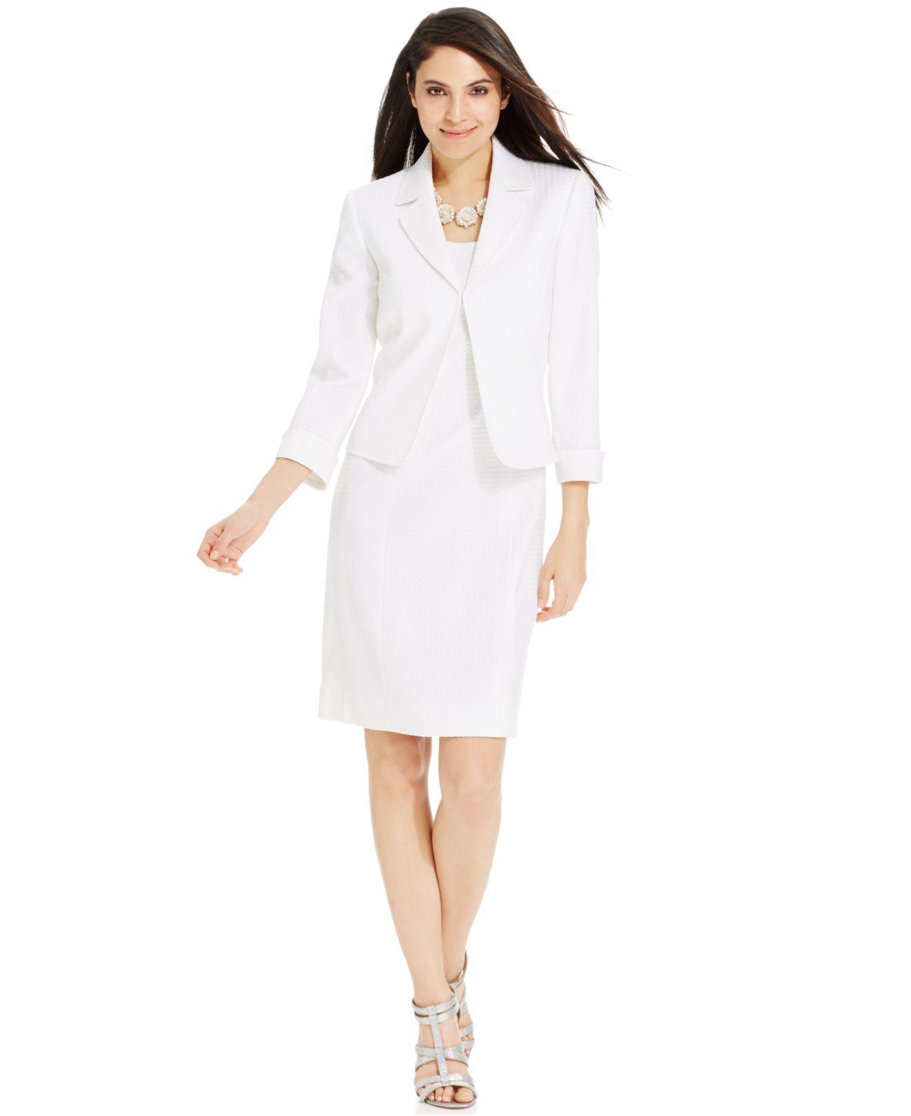 Lyst Tahari Textured Sleeveless Dress Suit In White