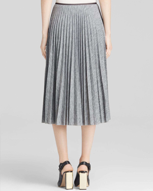 36ea00d68 Theory Skirt - Zeyn Pleated Jersey in Gray - Lyst